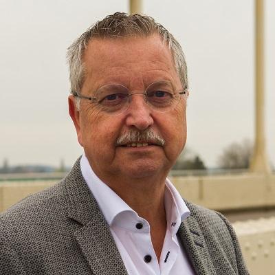 Peter Knoers